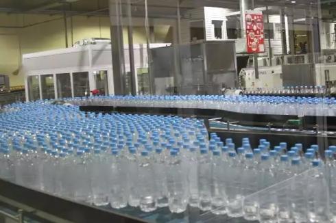 Стоит ли платить за воду в бутылках?