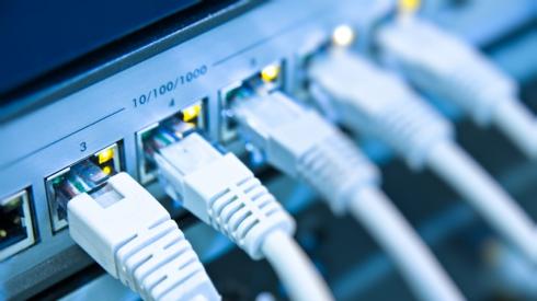 «Онлайн» подорожает? Управляющие компании могут «навариться» на операторах связи и жителях Екатеринбурга