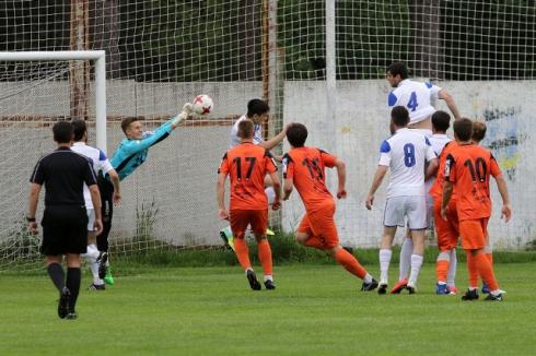 Футболисты «Урала» победили «Челябинск» в контрольном матче