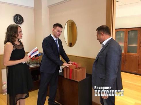 Кирпичный завод ответил свердловскому депутату на критику