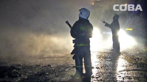 На Химмаше сгорел двухэтажный барак